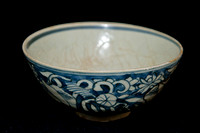 P175 - CHINESE MING PERIOD BLUE-AND-WHITE BOWL