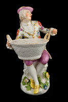 P122 - MEISSEN SWEETMEAT-FIGURE OF A GARDENER