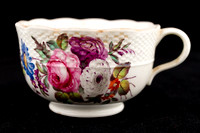 P131 - DERBY OZIER-MOLDED TEACUP