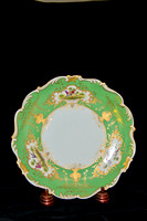 P189A - A PAIR OF COALPORT GREEN-GROUND DESSERT PLATES
