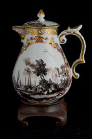 P074 - MEISSEN HOT-MILK JUG AND COVER