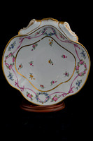 P035 - SEVRES SHELL-SHAPED DISH (COMPOTIER COQUILLE)