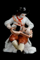 P107B - PAIR OF MEISSEN FIGURES OF BEGGAR MUSICIANS