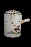 P136 - MEISSEN FABELTIERE CHOCOLATE POT AND COVER